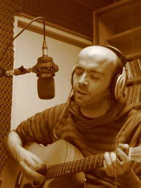 Frigieri durante le registrazioni dell'ultimo album
