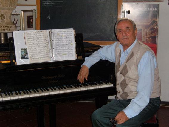Neldo Lodi è nato a Novi di Modena nel 1935. Da 28 anni è lo stimato Maestro Direttore del Corpo Bandistico La Beneficenza di Sassuolo (foto Martignoni)